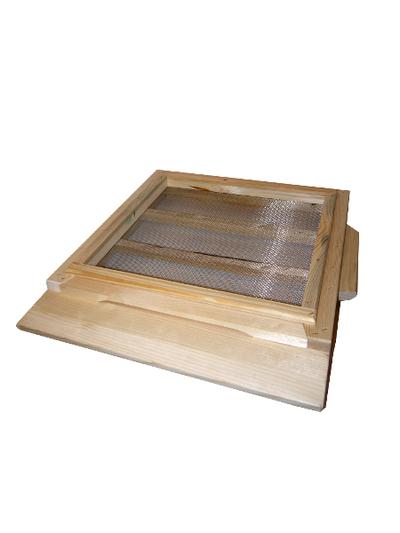 Dennica drewniana higieniczna z siatką